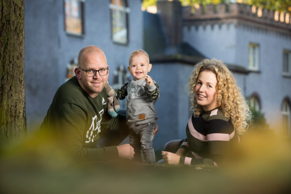 Familie foto gemaakt tijdens een fotoshoot omgeving Eindhoven, Tilburg en Den Bosch.