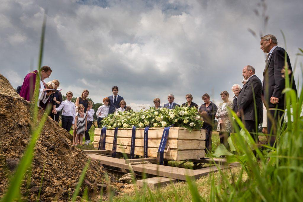 Begrafenis foto in de natuur.